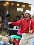 événement extérieur - artistes de rues - fête champêtre